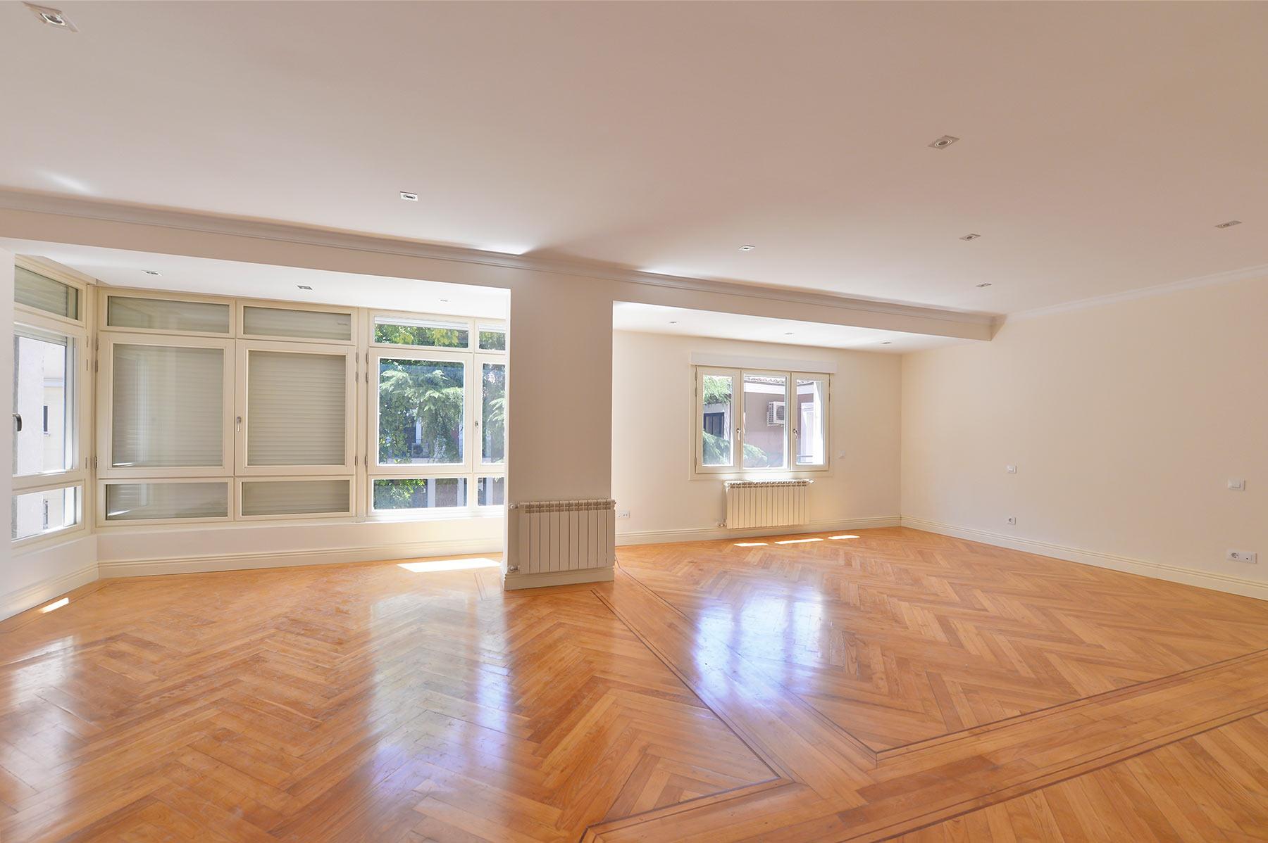 Casa para uma família para Venda às Piso de 300 metros en Jerónimos Madrid, Madrid, Espanha