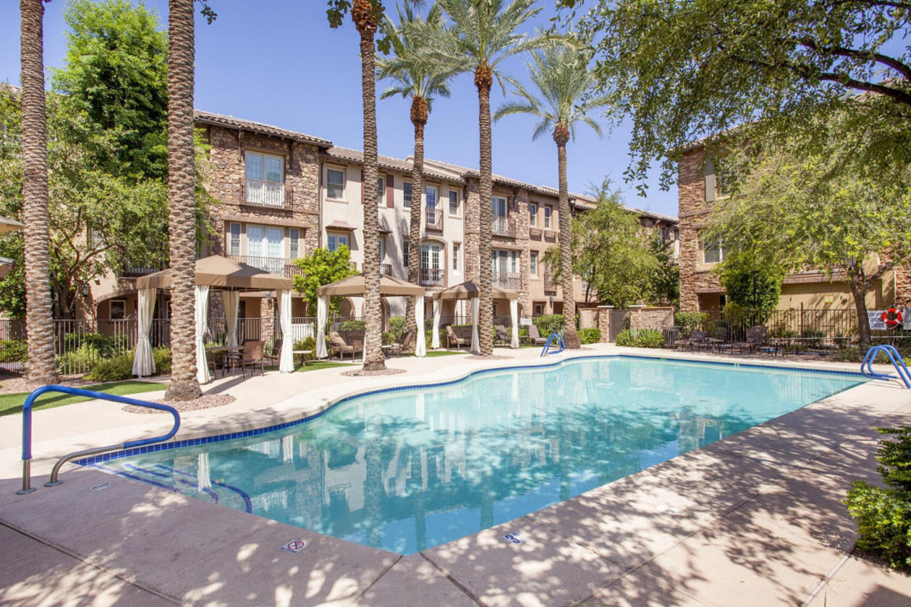 Townhouse for Sale at Quiet enclave of luxury located in the heart of the city 2470 E Roma Ave Phoenix, Arizona, 85016 United States