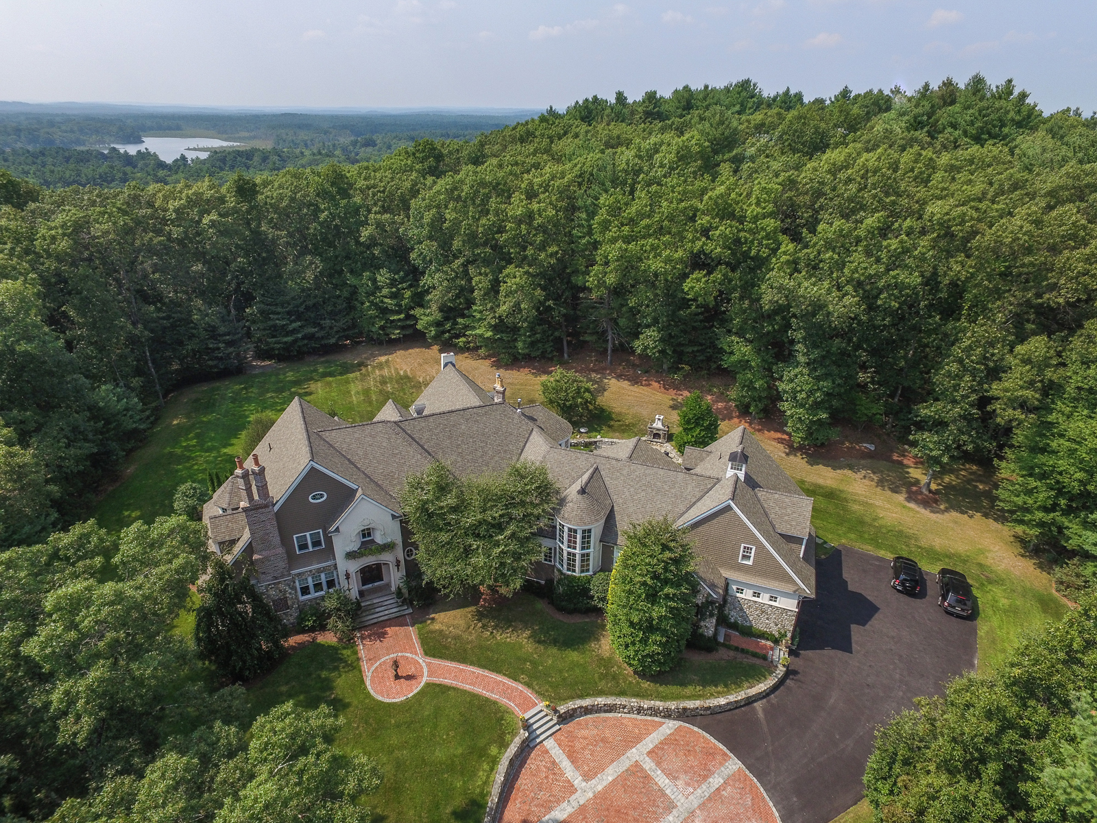 Maison unifamiliale pour l Vente à Venetian Villa 59 Widow Rites Lane Sudbury, Massachusetts, 01776 États-Unis
