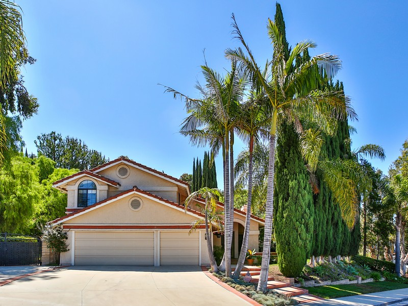 Single Family Home for Sale at Knightsbridge Avenue 2924 Knightsbridge Avenue Thousand Oaks, California 91362 United States