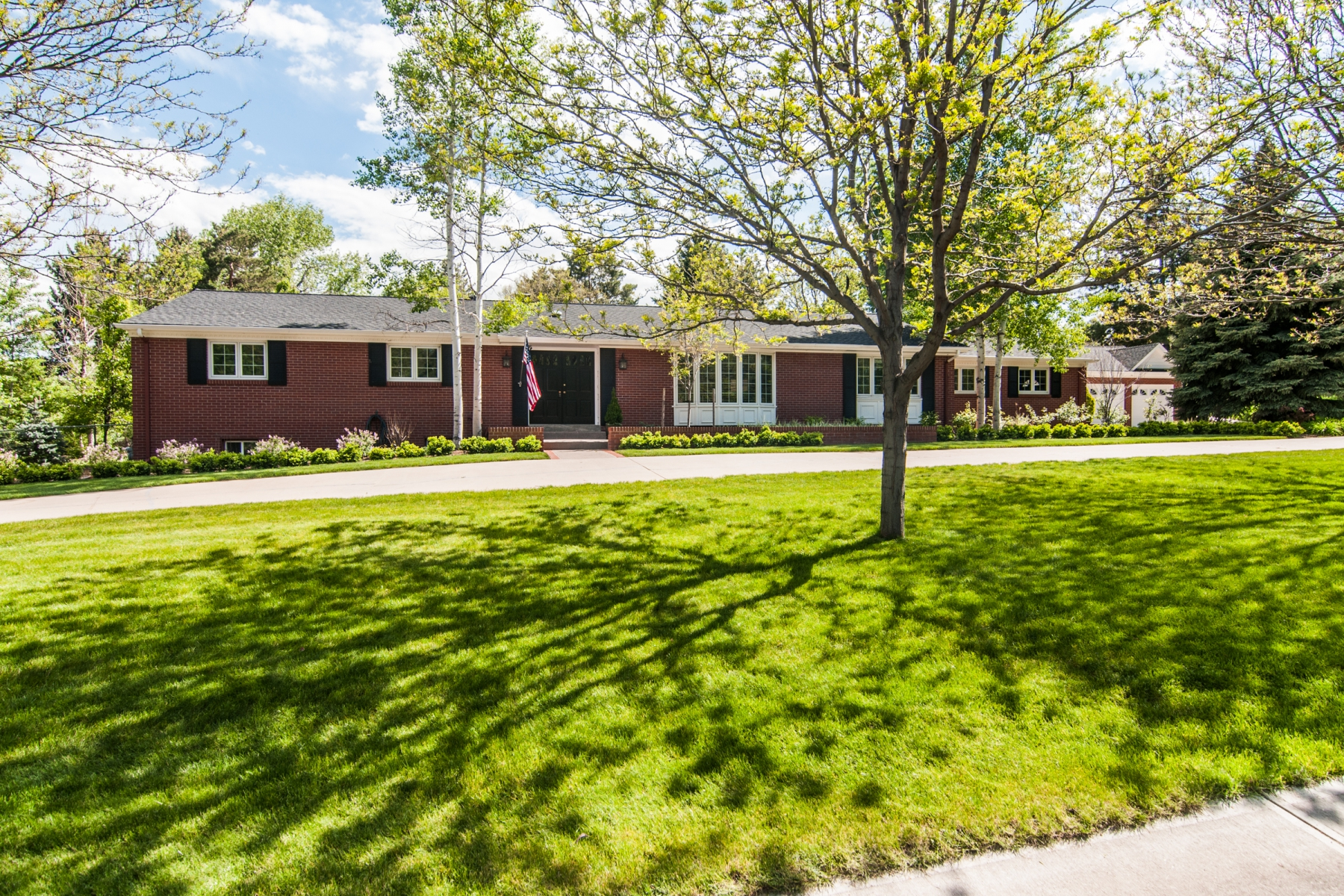 Single Family Home for Sale at Charming three-bedroom red brick ranch 2550 Cherryridge Road Cherry Hills Village, Colorado 80113 United States