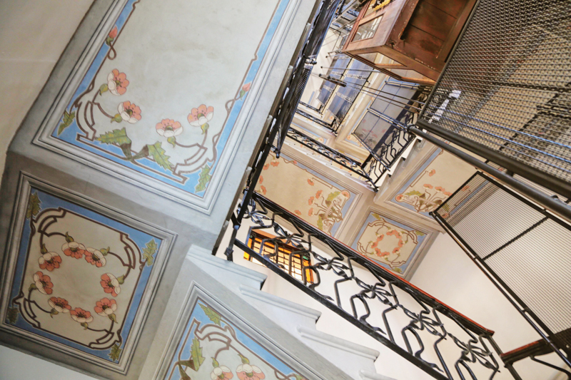 Additional photo for property listing at Elegant property in period building Via Petrarca Milano, Milan 20123 Italia