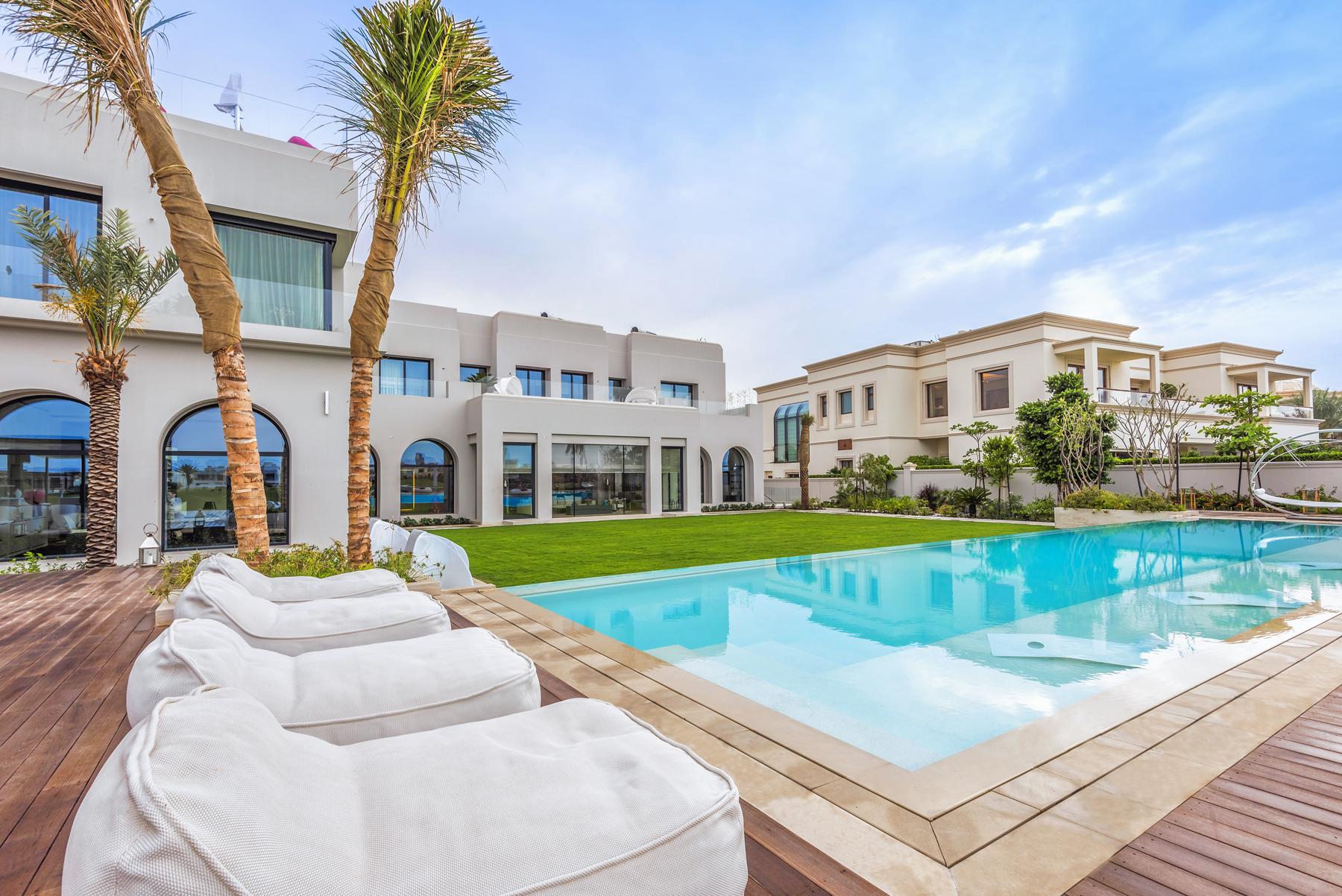 二世帯住宅 のために 売買 アット Golf Course View - Emirates Hills Emirates Hills, Dubai, アラブ首長国連邦