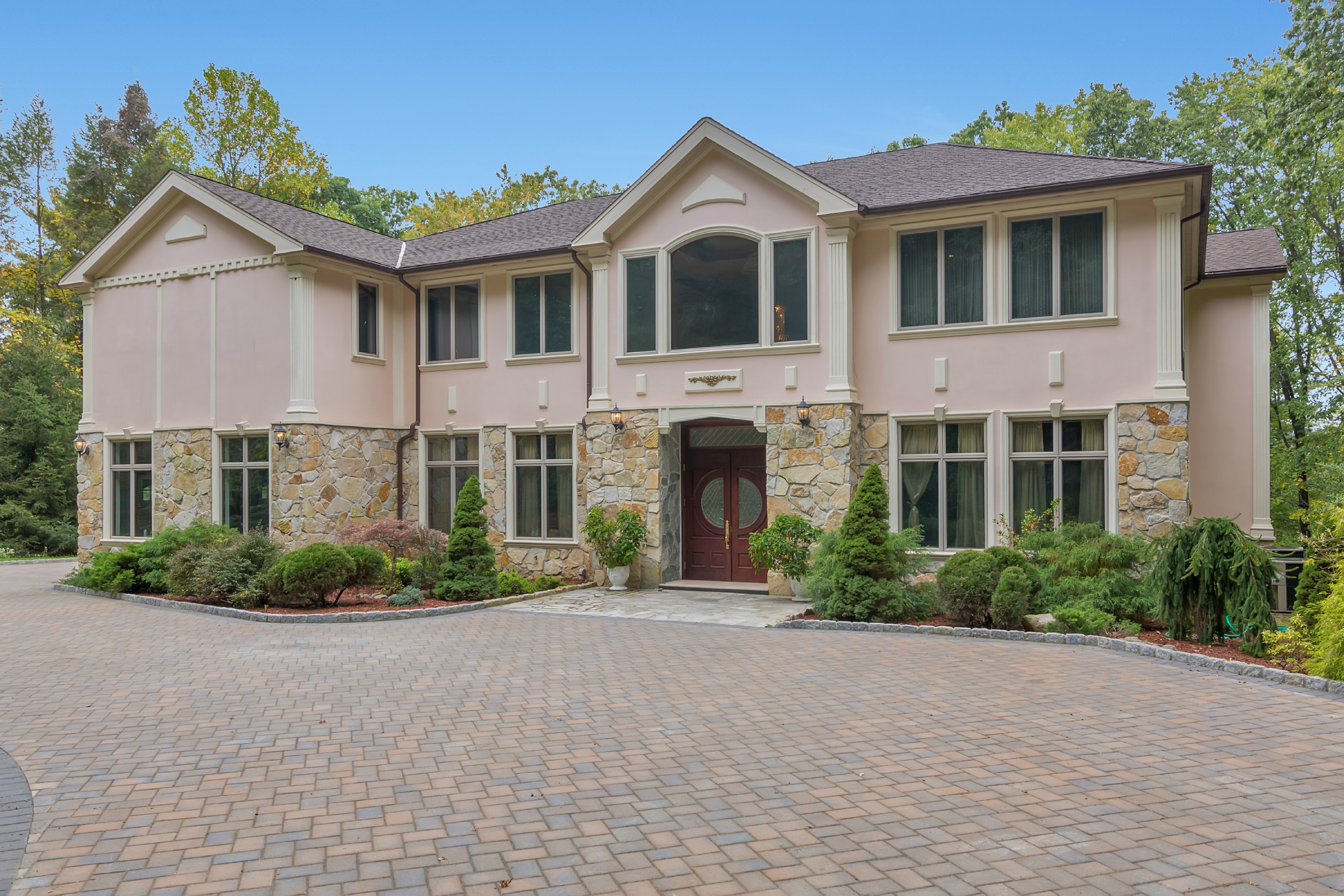 Single Family Home for Sale at True Masterpiece 14 Dogwood Drive Saddle River, 07458 United States