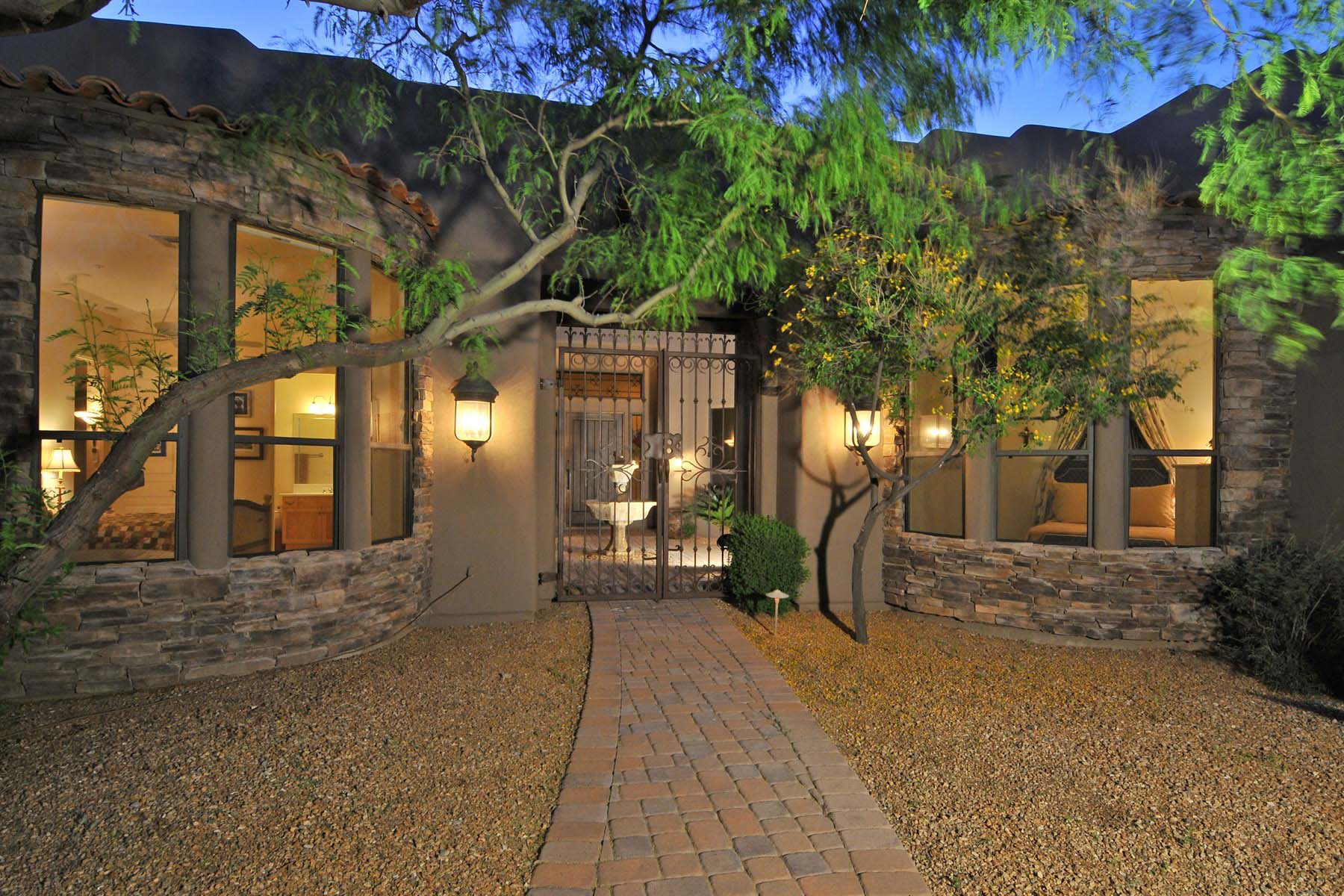 Property For Sale at Fabulous Troon Mountain and McDowell Mountain setting with 360 degree views.
