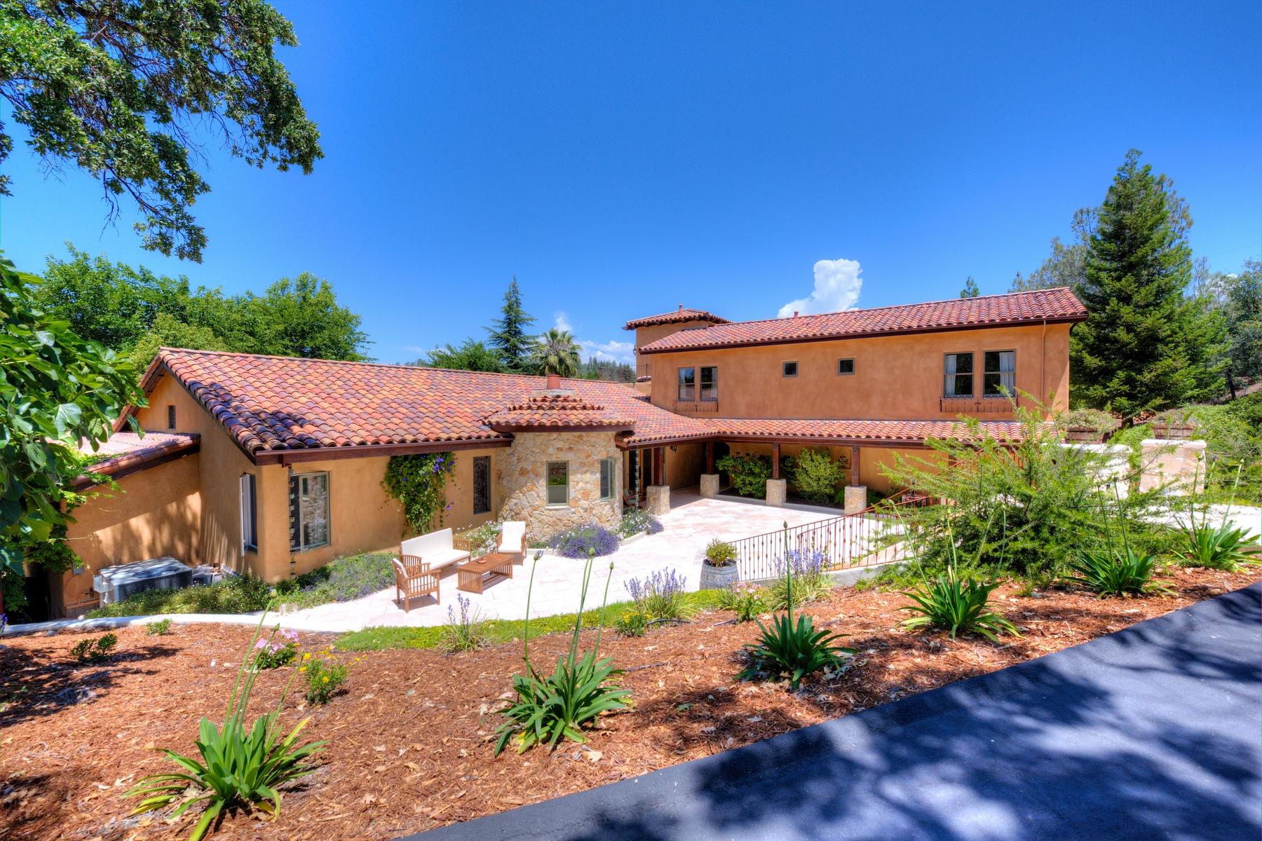 Ferme / Ranch / Plantation pour l Vente à Stunning Equestrian Estate 1320 Winchester Way Auburn, Californie 95602 États-Unis