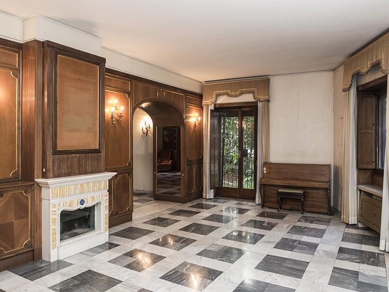 아파트 용 매매 에 Prestigious apartment in Via Monti Parioli Rome, 로마 00197 이탈리아
