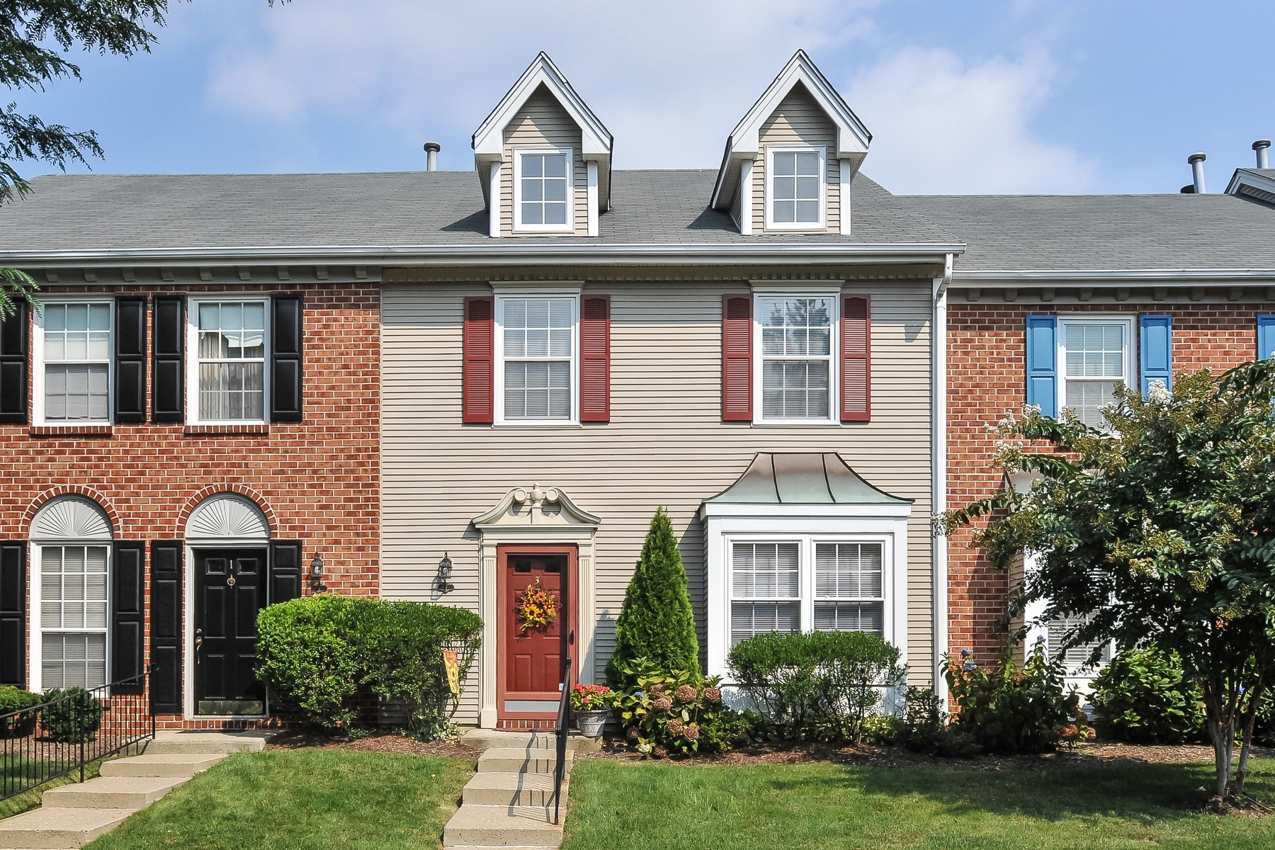 Townhouse for Sale at 3 Preakness Court Tinton Falls, New Jersey 07724 United States