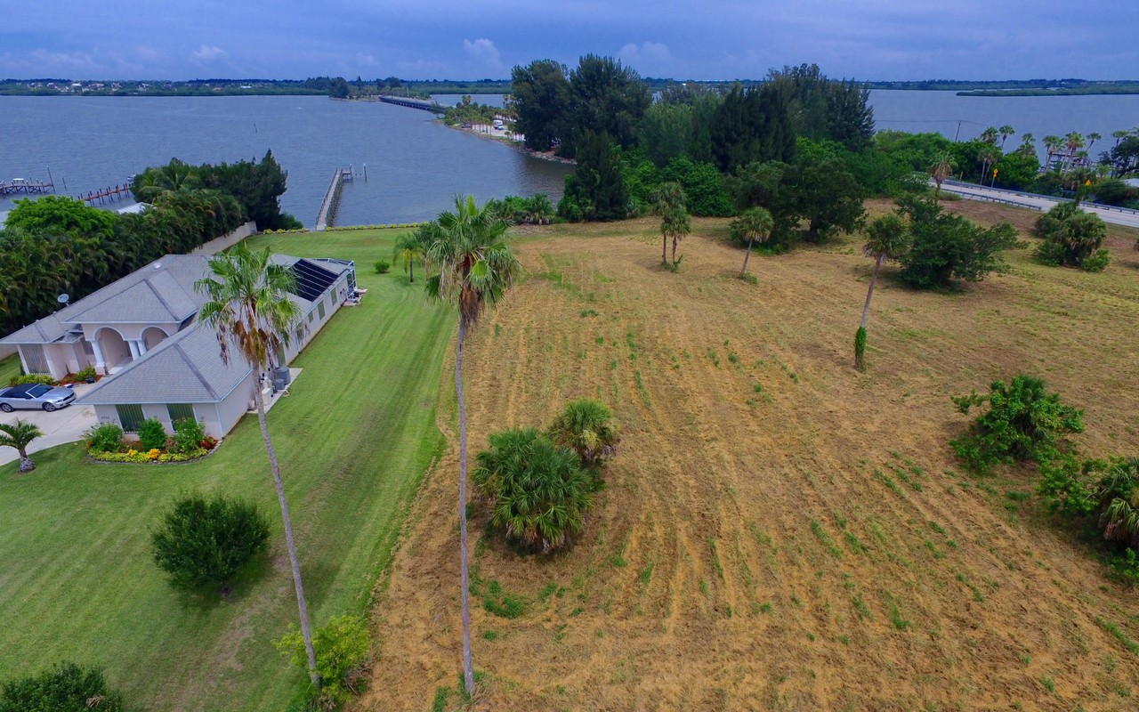 Land for Sale at Intercoastal Front Property 8790 44th Avenue Sebastian, Florida, 32958 United States