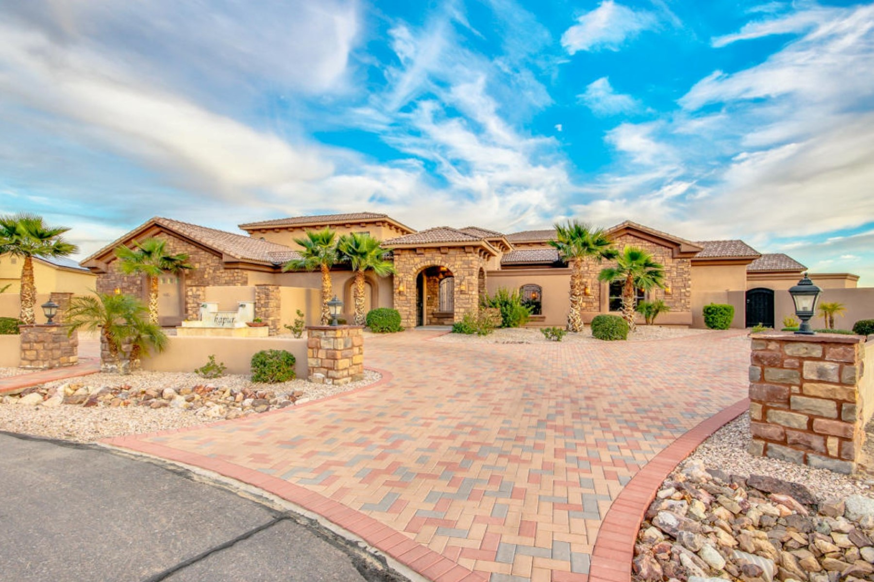 Single Family Home for Sale at Elegance & Beautiful Views In This Impressive Estate Will Take Your Breath Away 203 N 179th Drive Litchfield Park, Arizona, 85340 United States