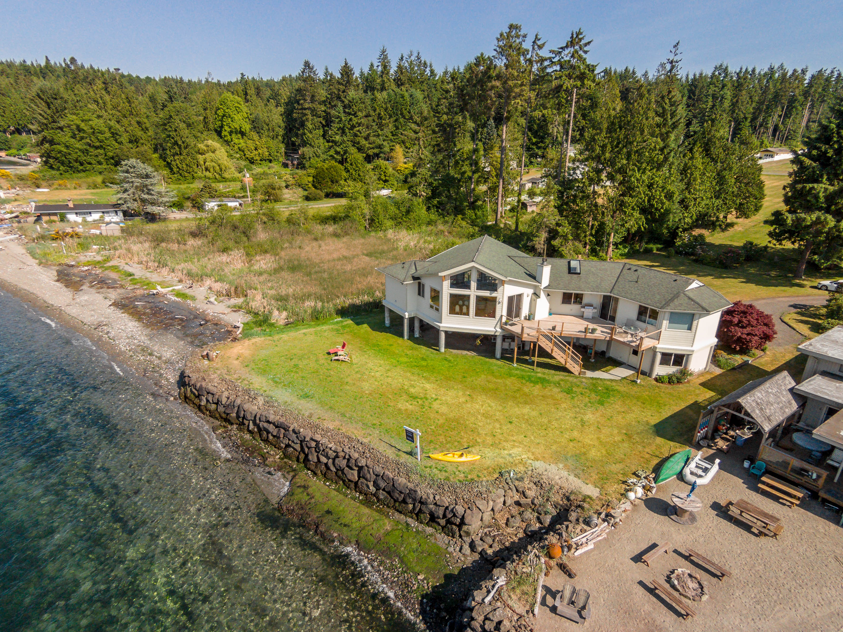 Single Family Home for Sale at Hood Canal 100 Ft Waterfront 1370 NE Hudson Avenue Poulsbo, Washington 98370 United States