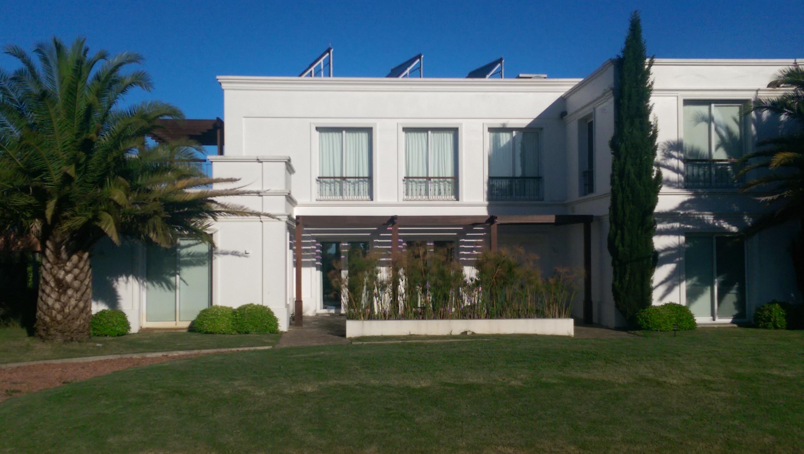 Casa Unifamiliar por un Venta en Beautiful in La Tahona Other Montevideo, Montevideo Uruguay
