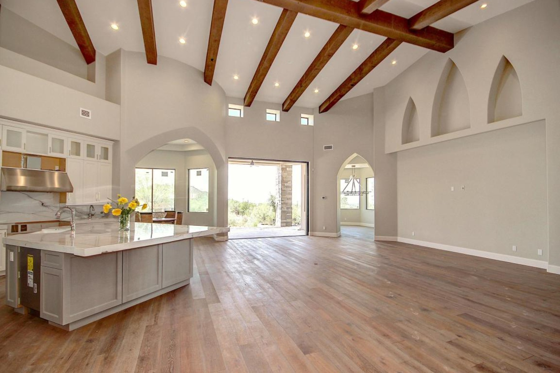 独户住宅 为 销售 在 luxuriously crafted custom masterpiece 7421 E Forest Trail Circle 梅萨, 亚利桑那州, 85207 美国
