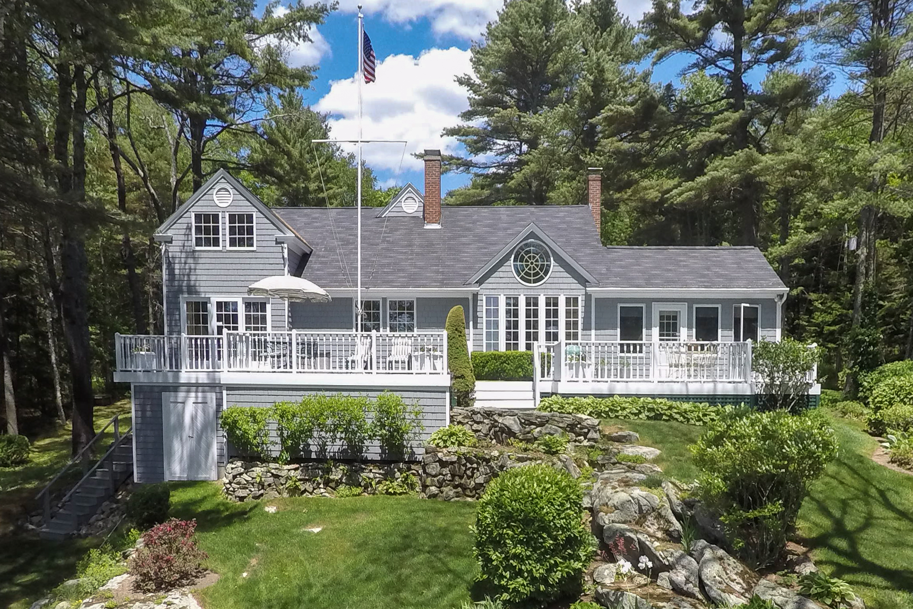 Single Family Home for Sale at Point Road 98 Point Road Brunswick, Maine 04011 United States