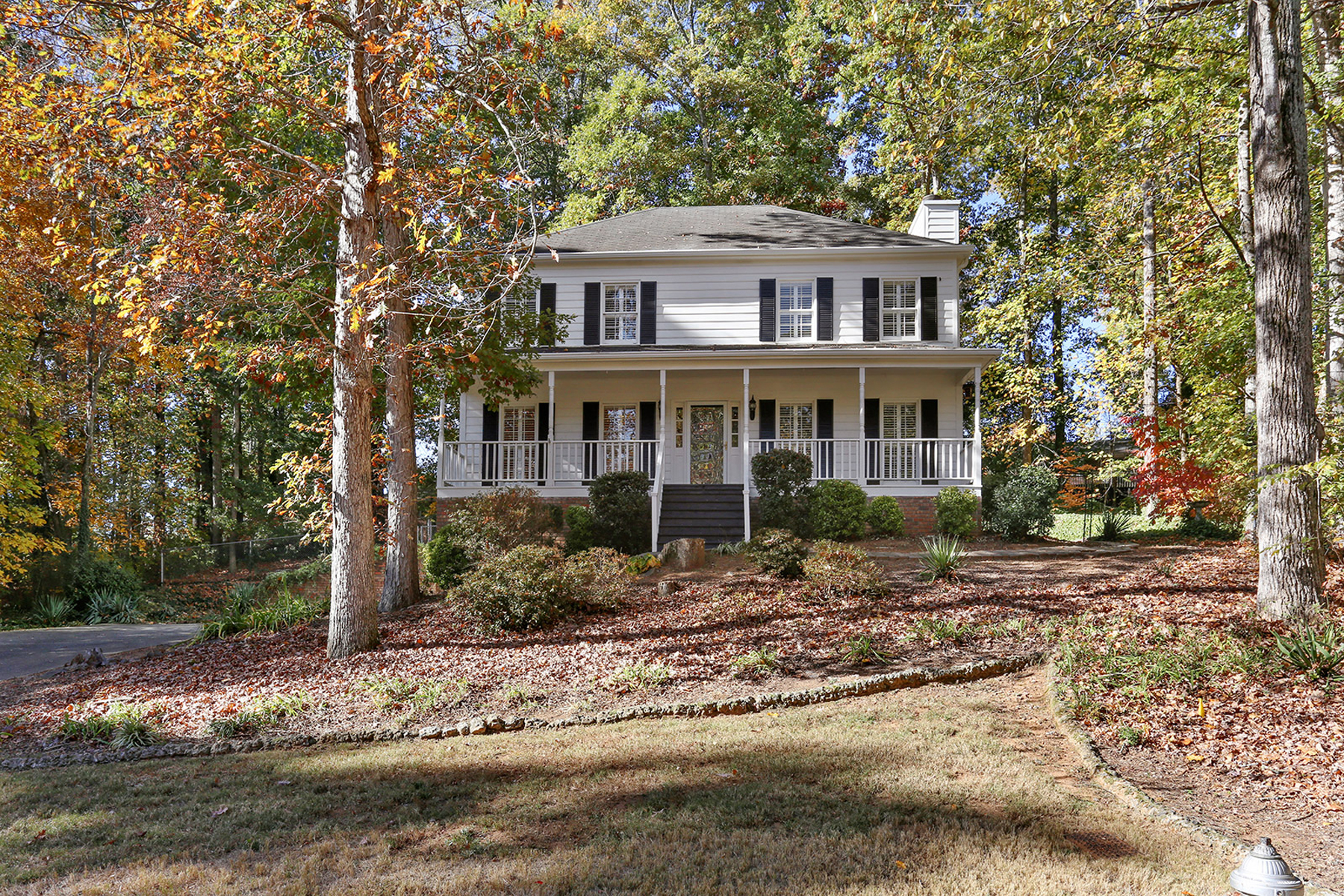 Maison unifamiliale pour l Vente à Southern Charm And Convenience 3085 Nuthatch Court NW Kennesaw, Georgia, 30144 États-Unis