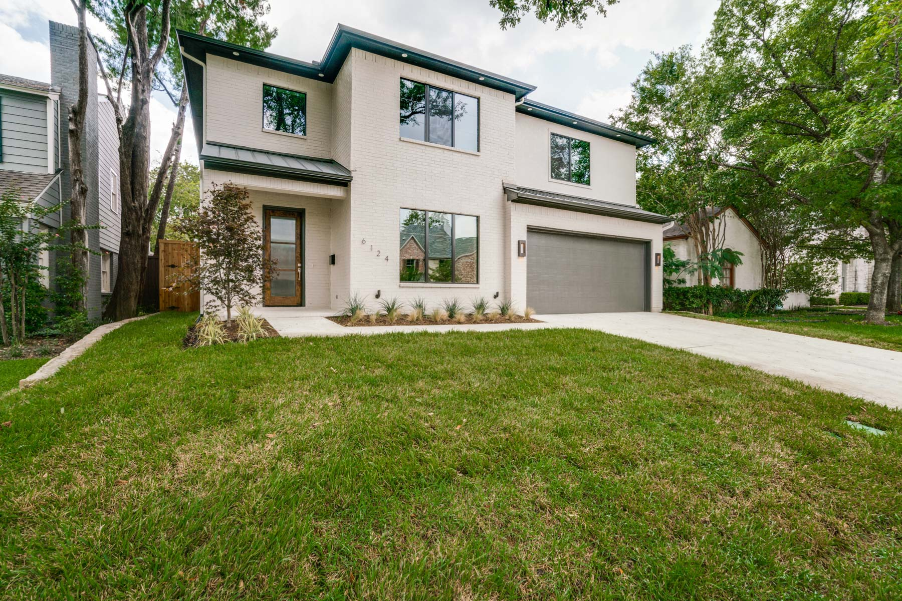 Maison unifamiliale pour l Vente à Modern New Build 6124 Penrose Ave Dallas, Texas, 75214 États-Unis