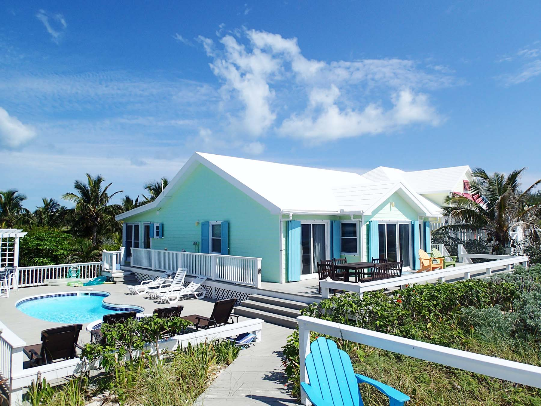 Casa para uma família para Venda às Beach Bags Elbow Cay Hope Town, Abaco, Bahamas