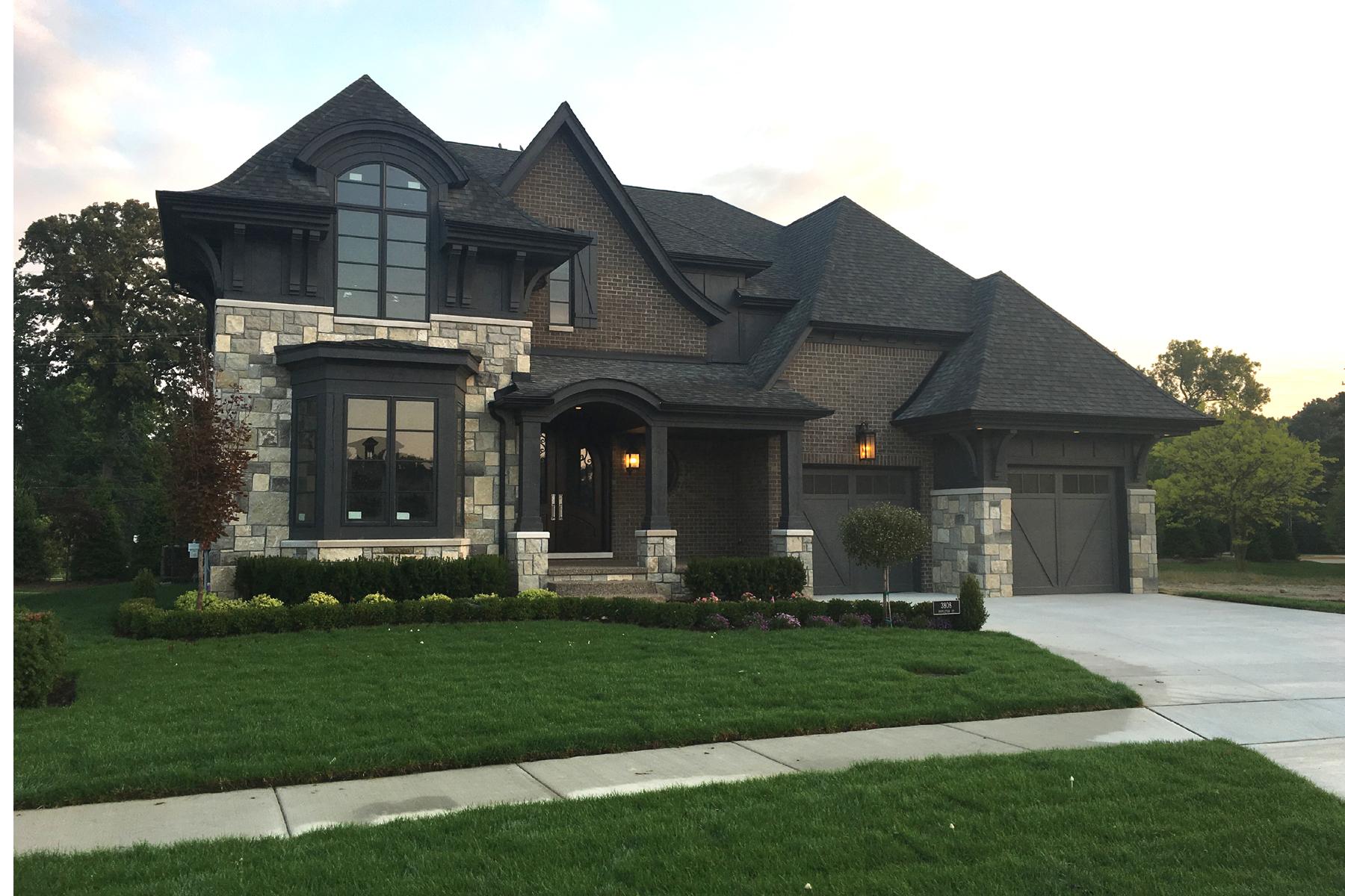Nhà ở một gia đình vì Bán tại Troy 3808 Poppleton Court Troy, Michigan, 48084 Hoa Kỳ