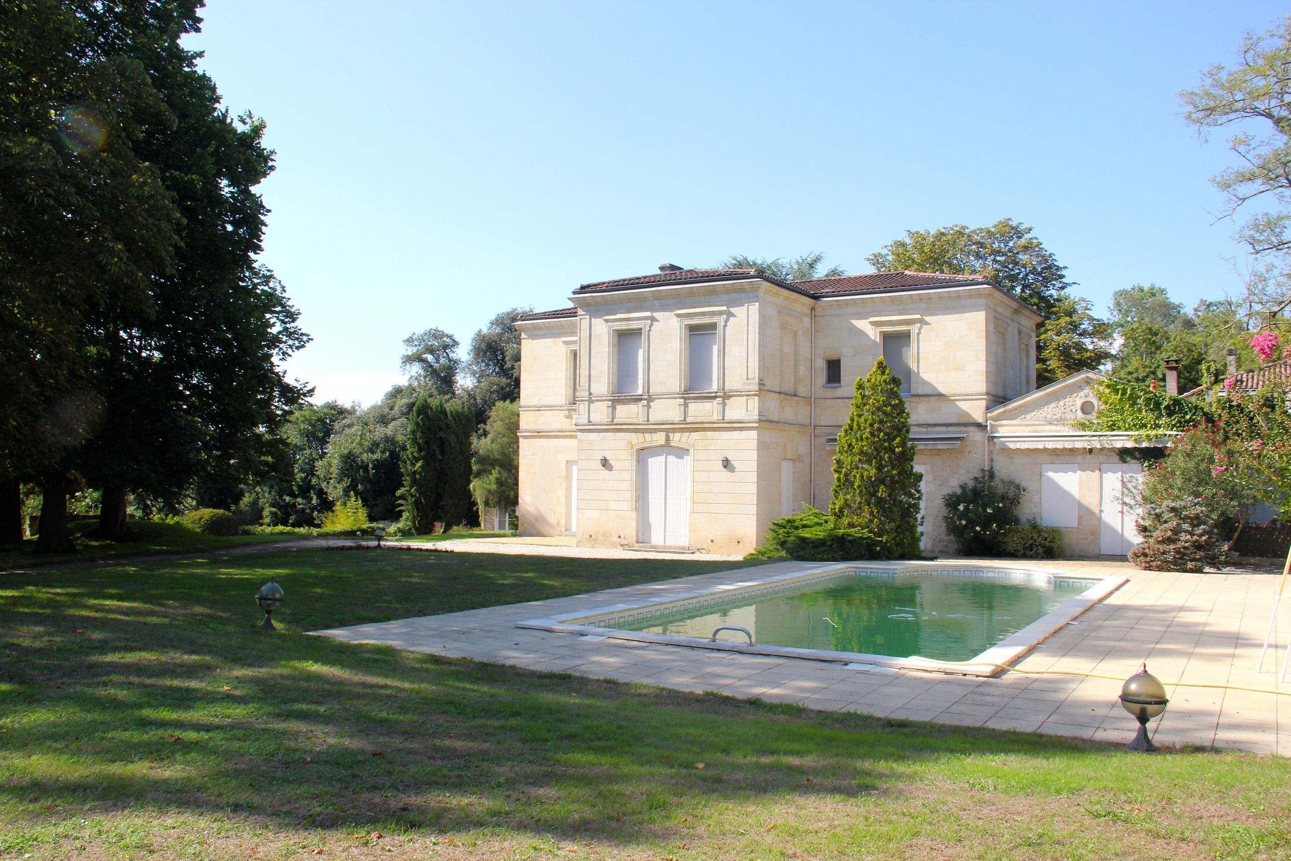 Nhà ở một gia đình vì Bán tại Floirac Rive droite Bordeaux, Aquitaine 33000 Pháp