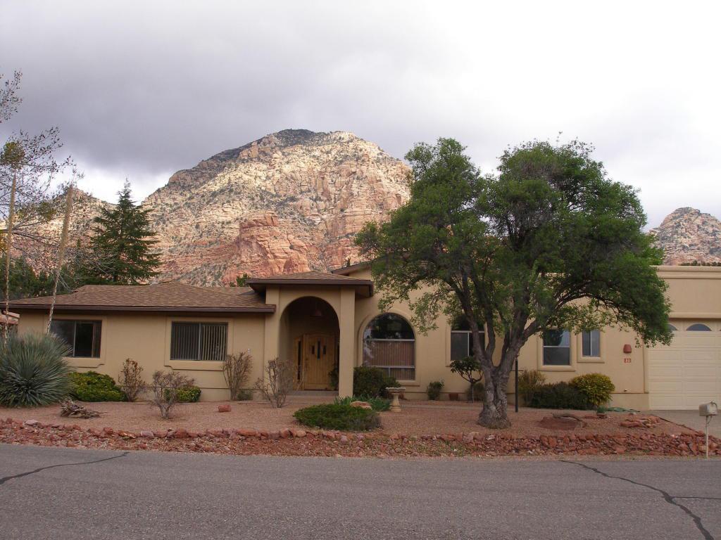 Single Family Home for Sale at Wonderful Western Hills Home 50 Roundup Drive Sedona, Arizona 86336 United States