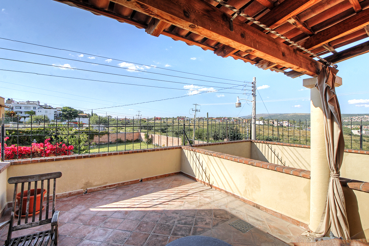Additional photo for property listing at Casa del Cariño Independencia, San Miguel De Allende, Guanajuato Mexico