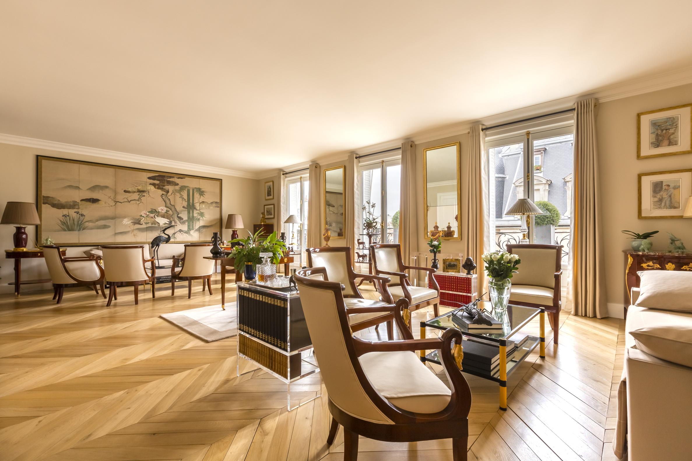 Casa Unifamiliar por un Venta en Elegant apartment Palais Royal rue du Louvre Paris, Paris 75001 Francia