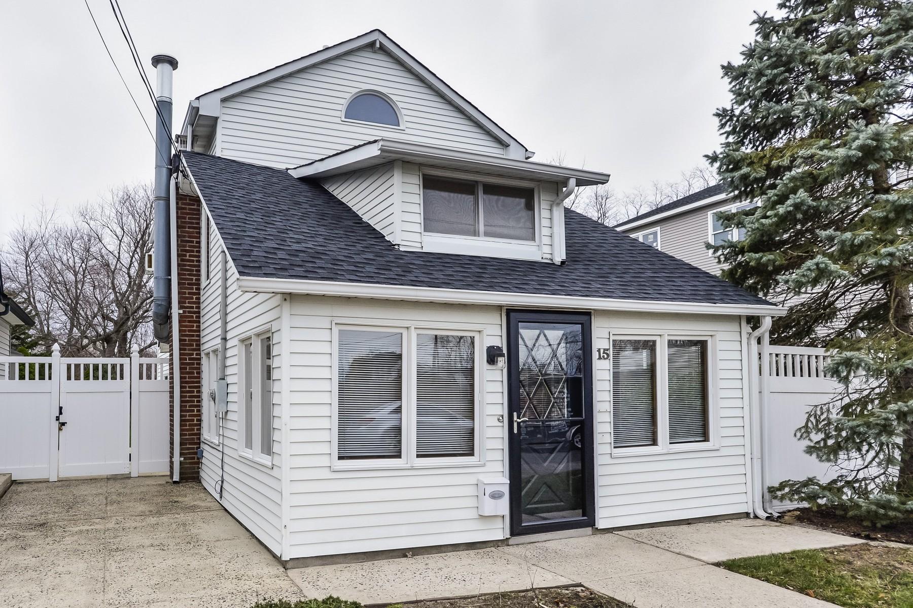 独户住宅 为 销售 在 15 Appleton Ave 莱昂纳多, 新泽西州, 07737 美国