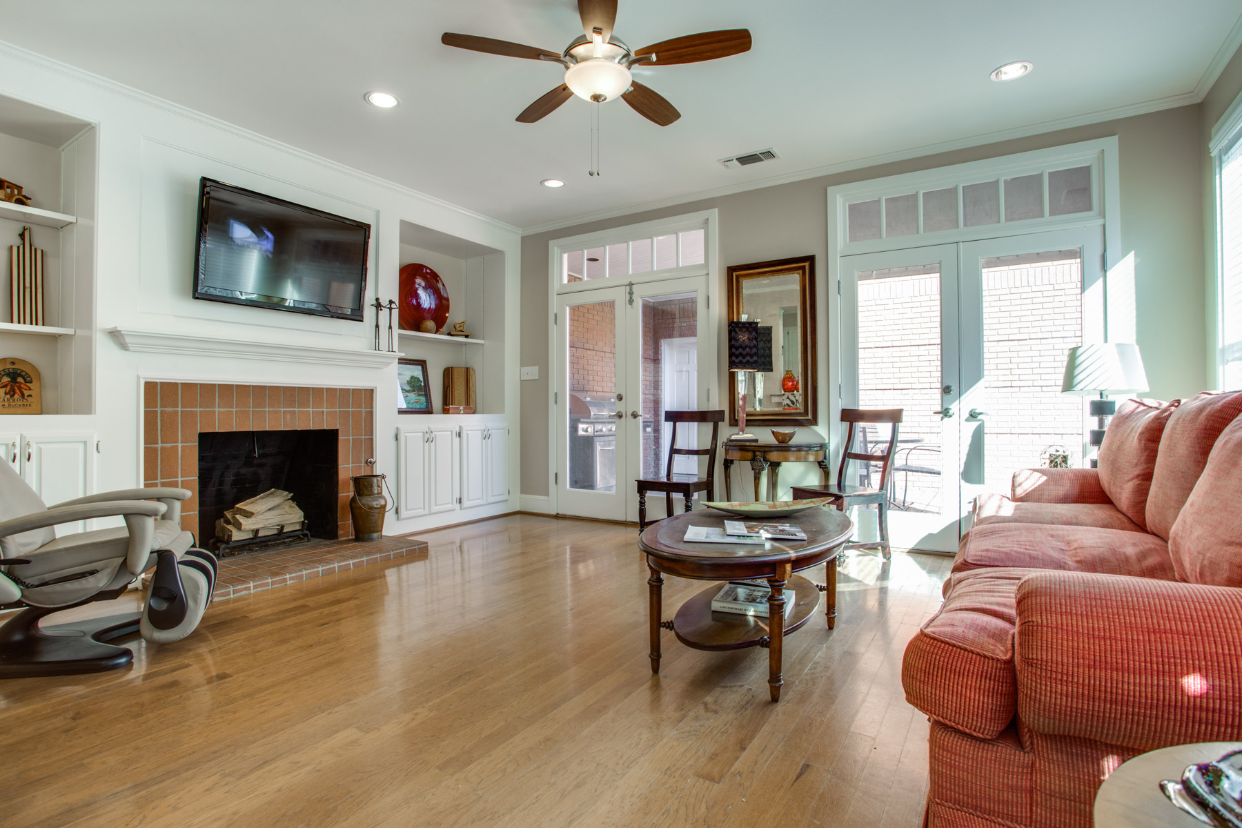 Single Family Home for Sale at Desirable University Park Single Family Attached 3420 Binkley Avenue Dallas, Texas, 75205 United States