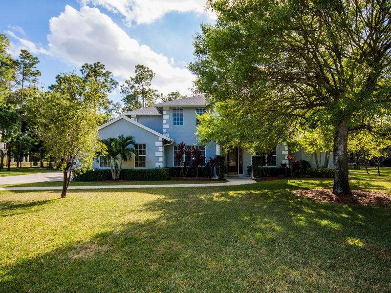 Vivienda unifamiliar por un Venta en 14202 Greentree Trail Wellington, Florida 33414 Estados Unidos