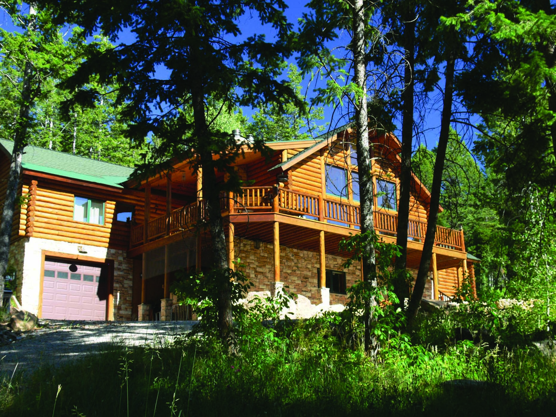 Property Of Private Mountain Retreat in the Trees