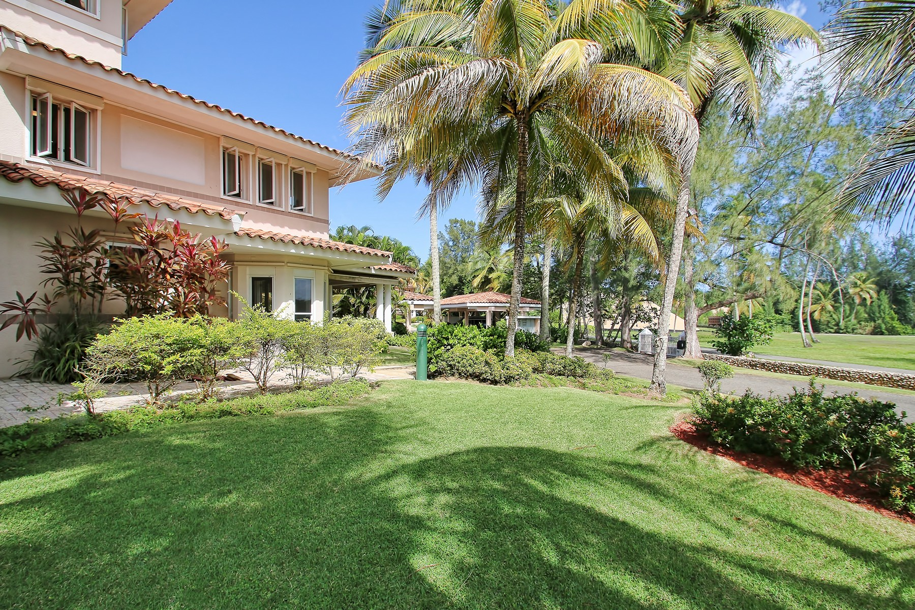 Townhouse for Sale at Waterfront at The Cottages Dorado Beach 7 Dorado Beach Cottages Dorado, 00646 Puerto Rico