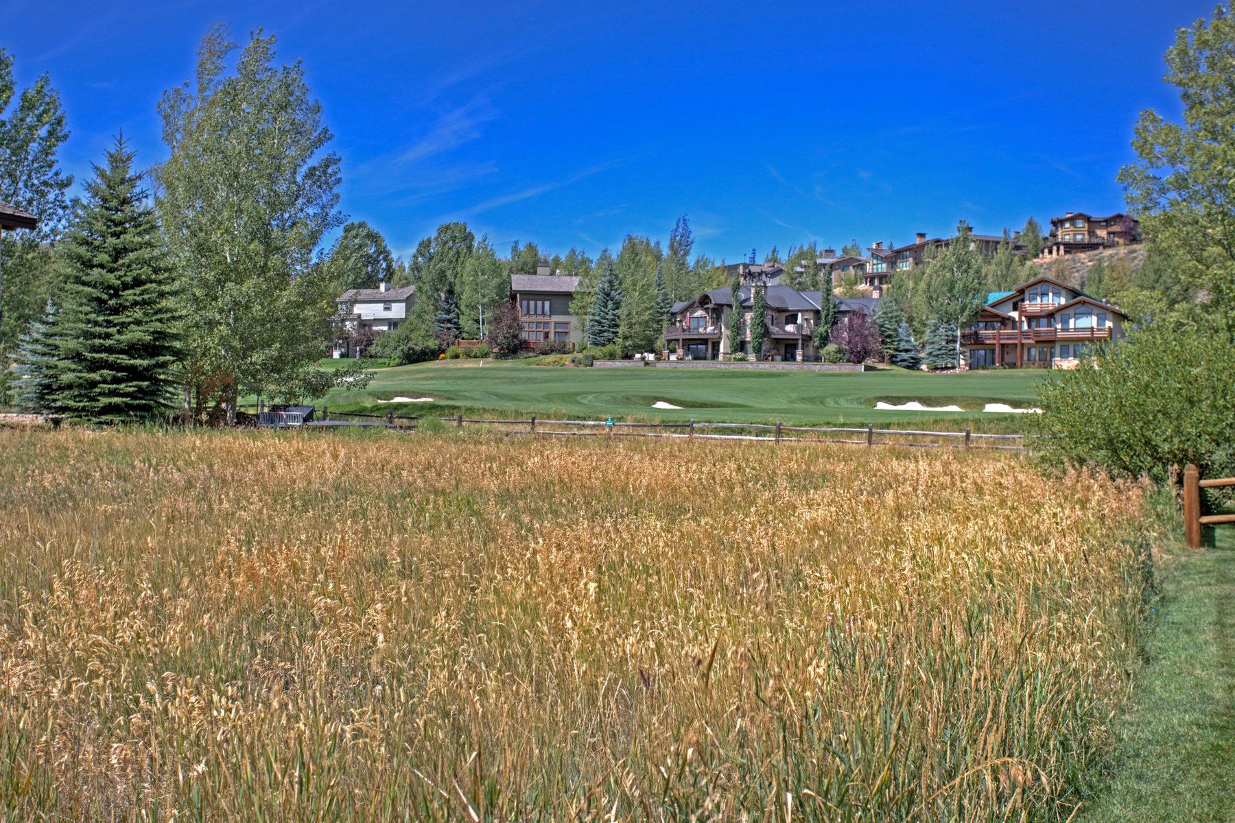 Terrain pour l Vente à Easy Build Home Site in Park Meadows 2868 American Saddler Dr Lot#4 Park City, Utah 84060 États-Unis