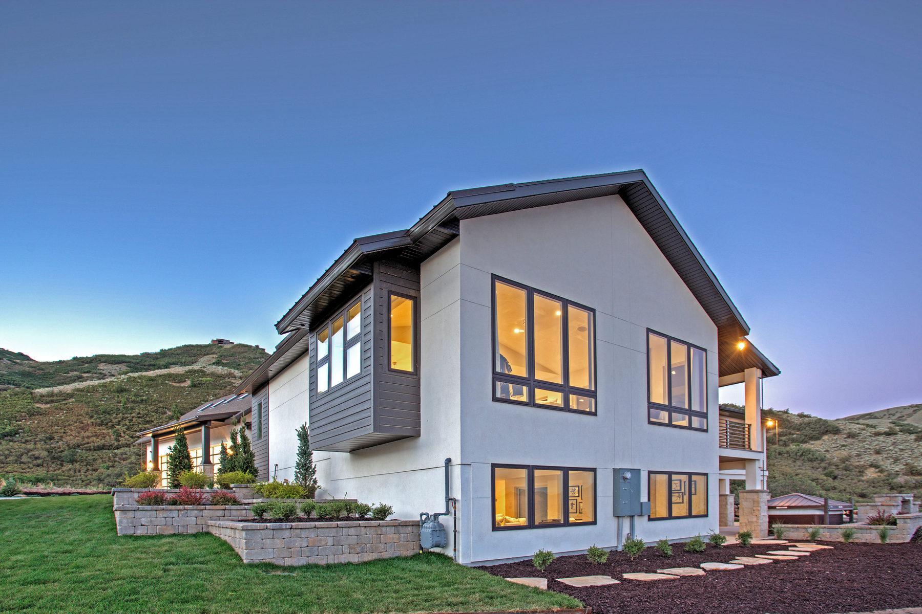 Moradia para Venda às Custom Mountain Contemporary 1142 E Leambra Ln Draper, Utah 84020 Estados Unidos
