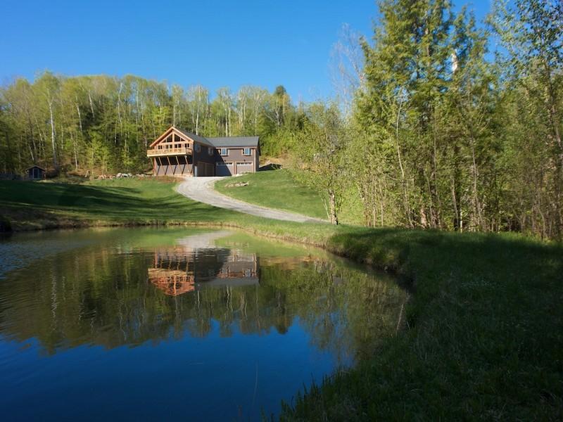 獨棟家庭住宅 為 出售 在 Versatile Property 326 Private Ridges Rd Morristown, 佛蒙特州 05661 美國