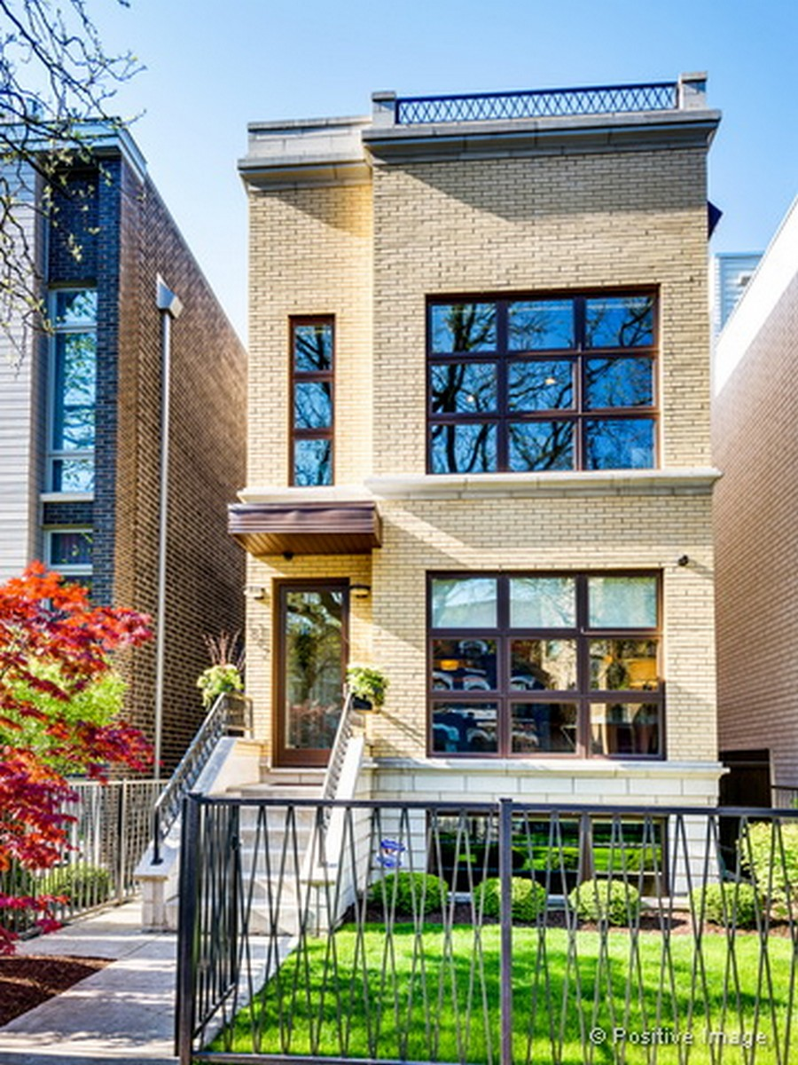 獨棟家庭住宅 為 出售 在 Better Than New Construction 1842 W Erie Street Ukranian Village, Chicago, 伊利諾斯州, 60622 美國