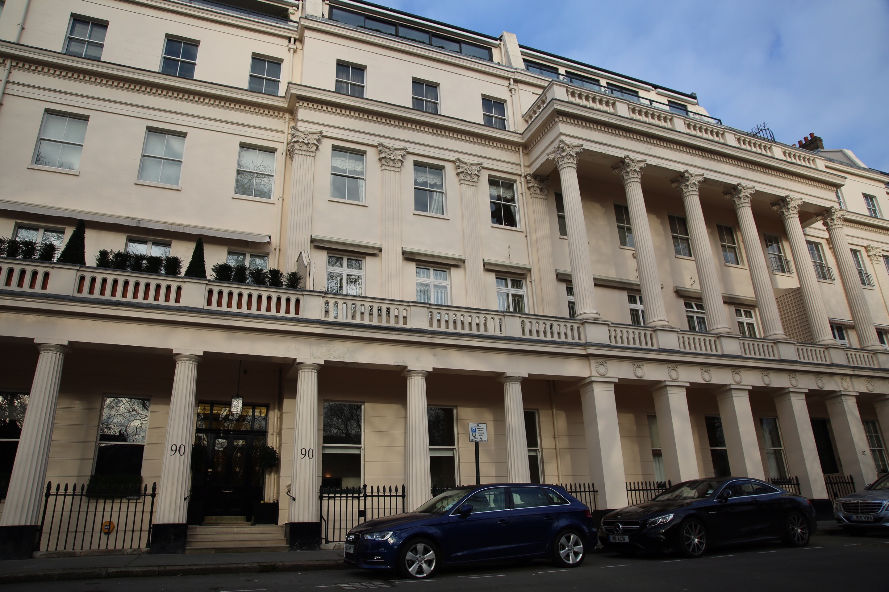 Appartement pour l Vente à Eaton Square London, Angleterre, SW1W9AG Royaume-Uni