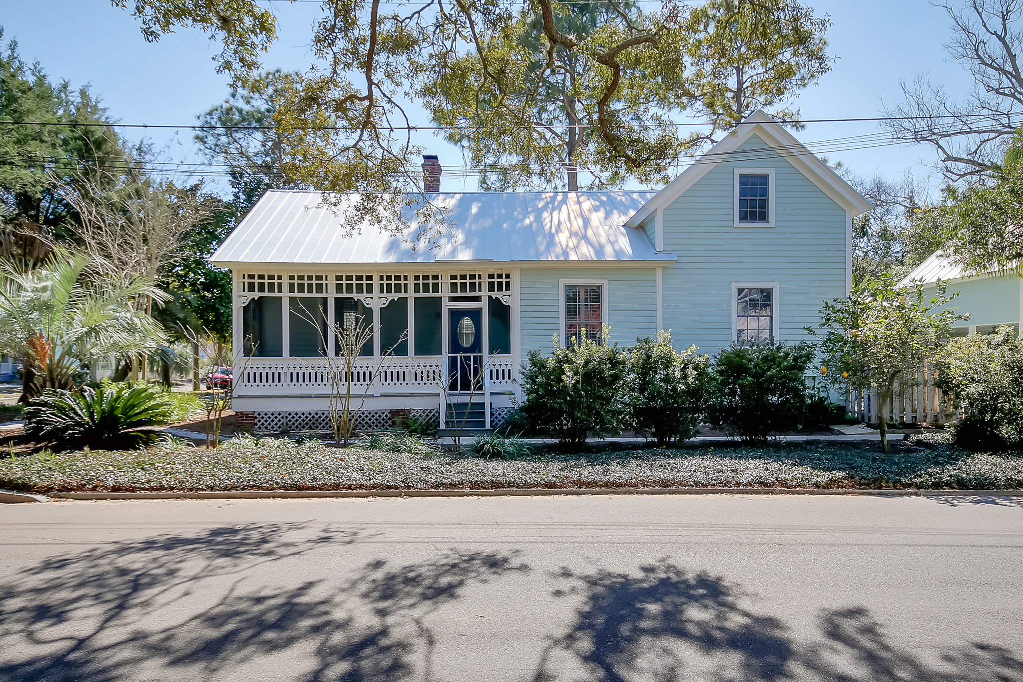 Single Family Home for Sale at Beautiful Historic Home in Downtown Fernandina Beach 301 South 6th Street Fernandina Beach, Florida, 32034 United States