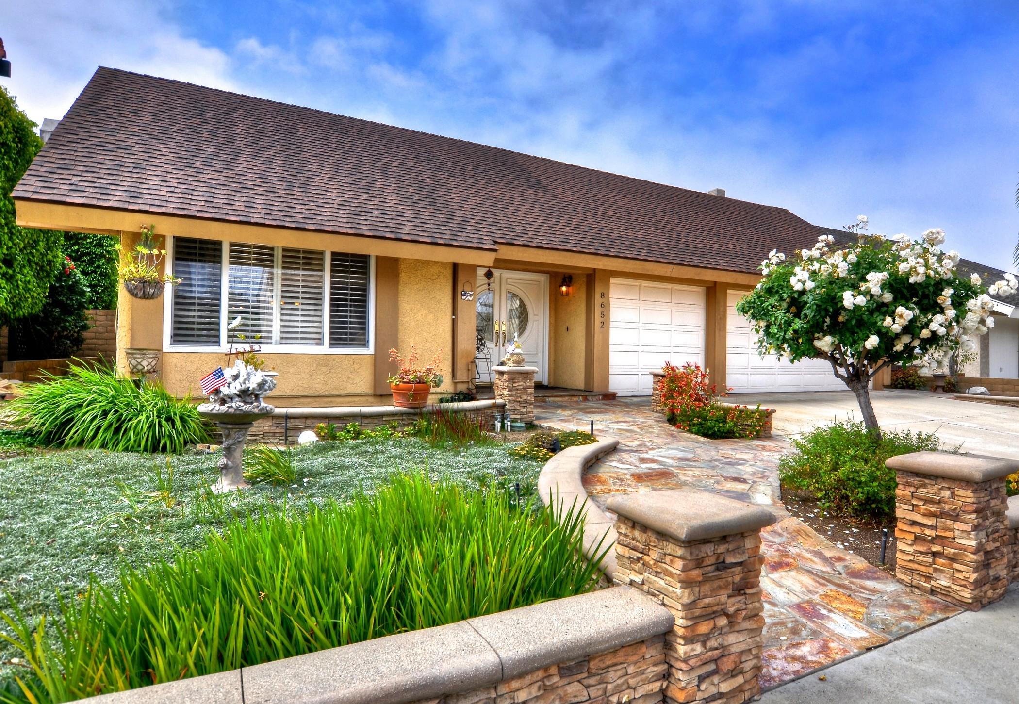 Single Family Home for Sale at 8652 Lorraine Drive Huntington Beach, California, 92646 United States