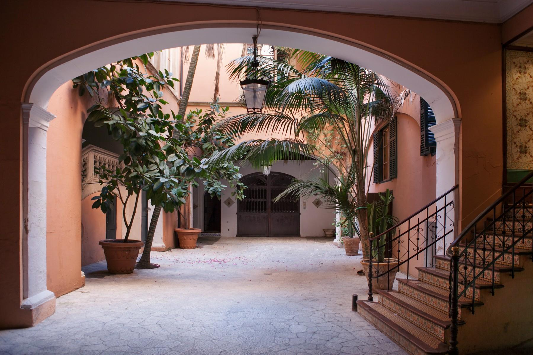 Casa Unifamiliar por un Venta en Charming apartment in Palma Old Town Palma, Mallorca 07001 España