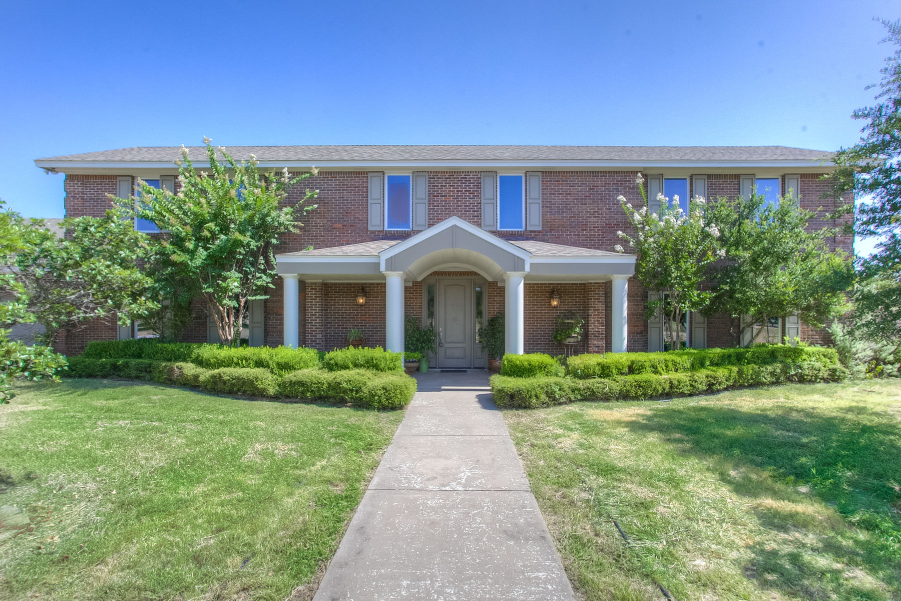 Vivienda unifamiliar por un Venta en 630 Meadow Hill Road Fort Worth, Texas 76108 Estados Unidos