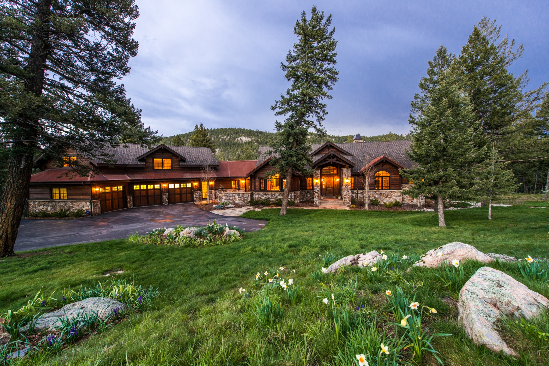 Single Family Home for Sale at Elegant Living at Cub Creek Ranch 6096 Stone Creek Drive Evergreen, Colorado 80439 United States