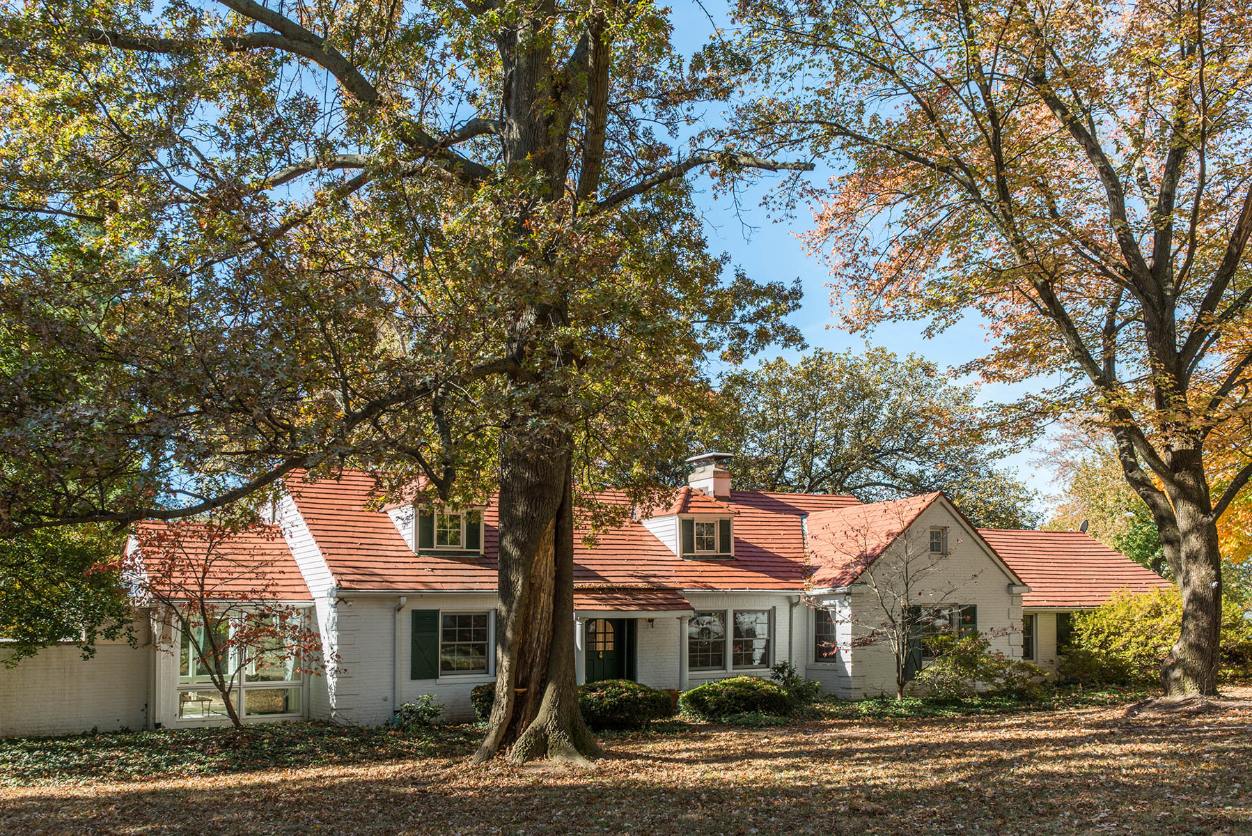 Single Family Home for Sale at Timeless Appeal 47 Godwin Lane St. Louis, Missouri, 63124 United States