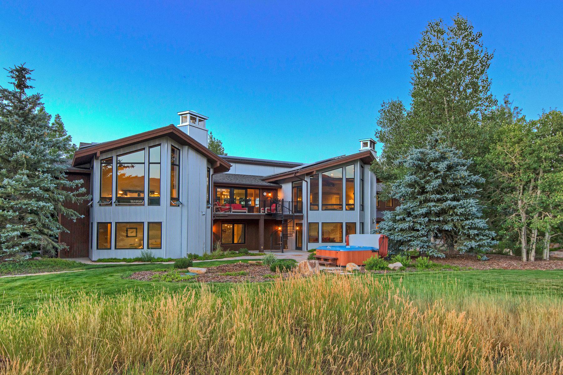 Nhà ở một gia đình vì Bán tại Treasure Mountain Estates 711 West 5200 North Park City, Utah 84098 Hoa Kỳ