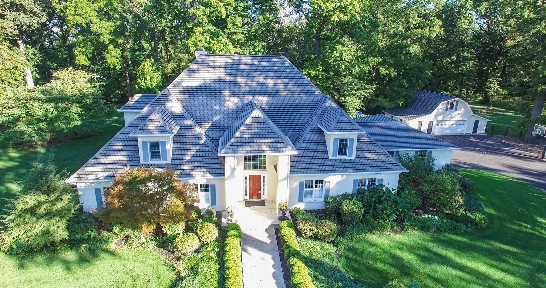 Casa para uma família para Venda às 4.24 Scenic Acres & Home 3548 W. 126th Street Carmel, Indiana, 46032 Estados Unidos