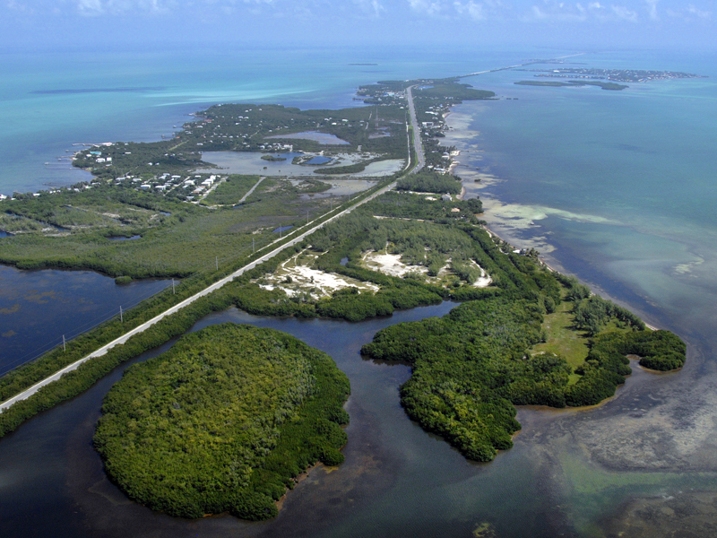 Additional photo for property listing at Private Beach Acreage in the Florida Keys 57290 Overseas Highway Marathon, Florida 33050 United States