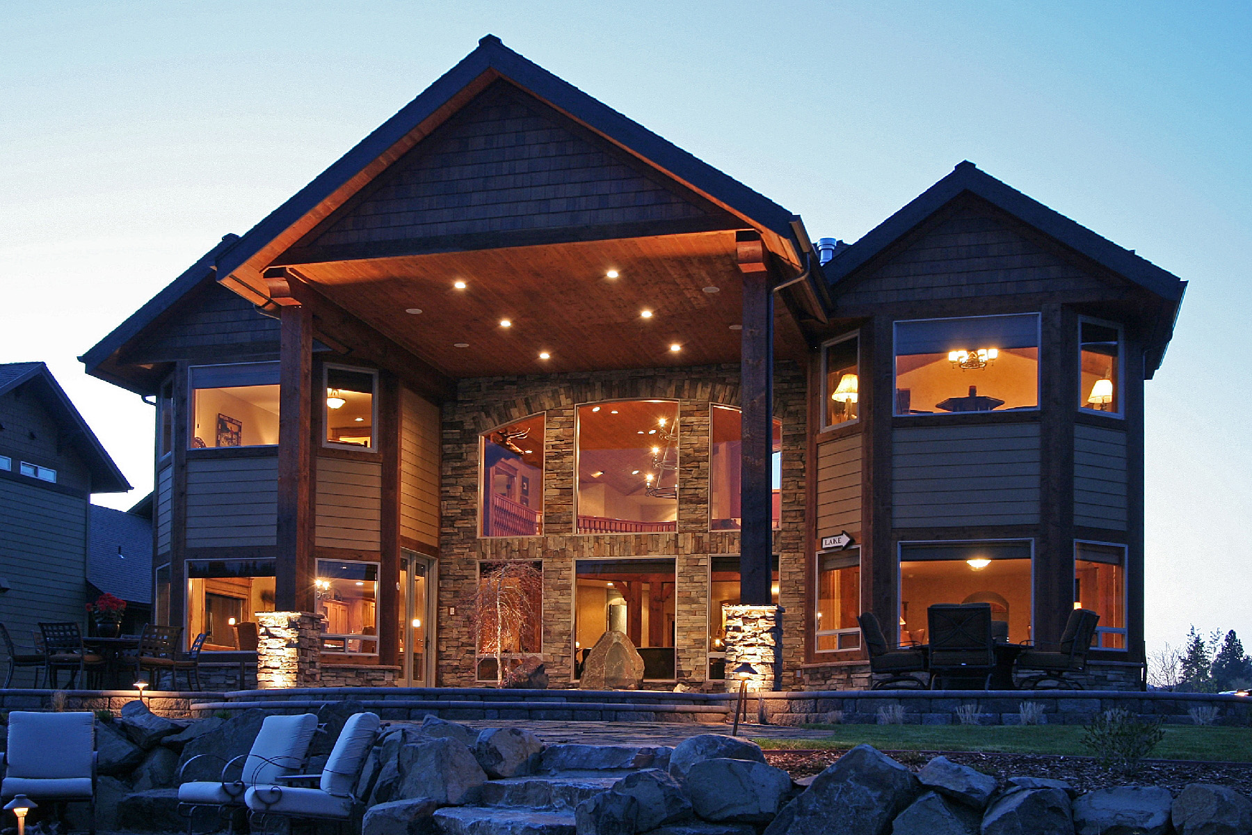 獨棟家庭住宅 為 出售 在 Coeur d Alene Waterfront Dream Home 4861 W Mill River Coeur D Alene, 愛達荷州 83814 美國