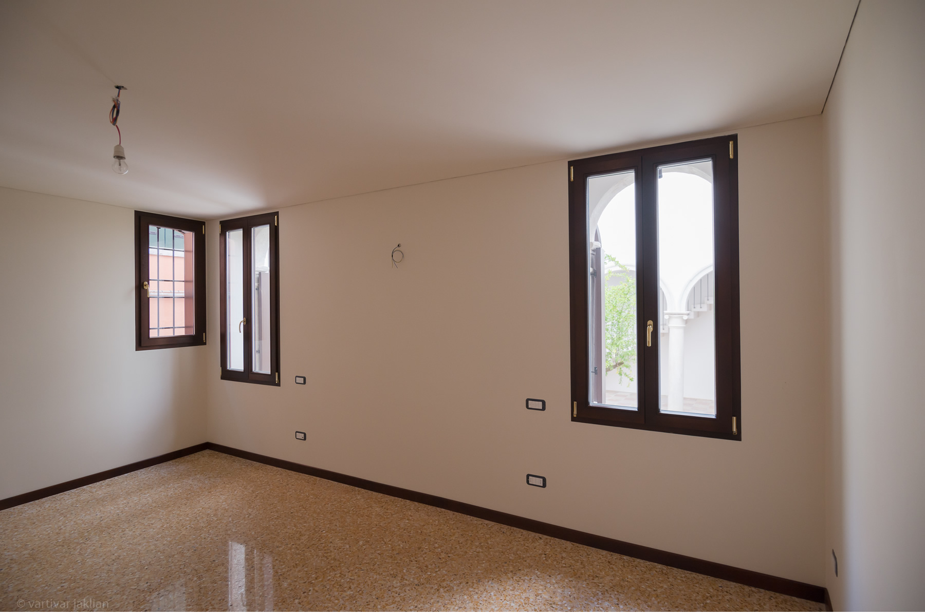 Additional photo for property listing at Murano apartment at Palazzo Garzoni Moro Venice, Venice Italie