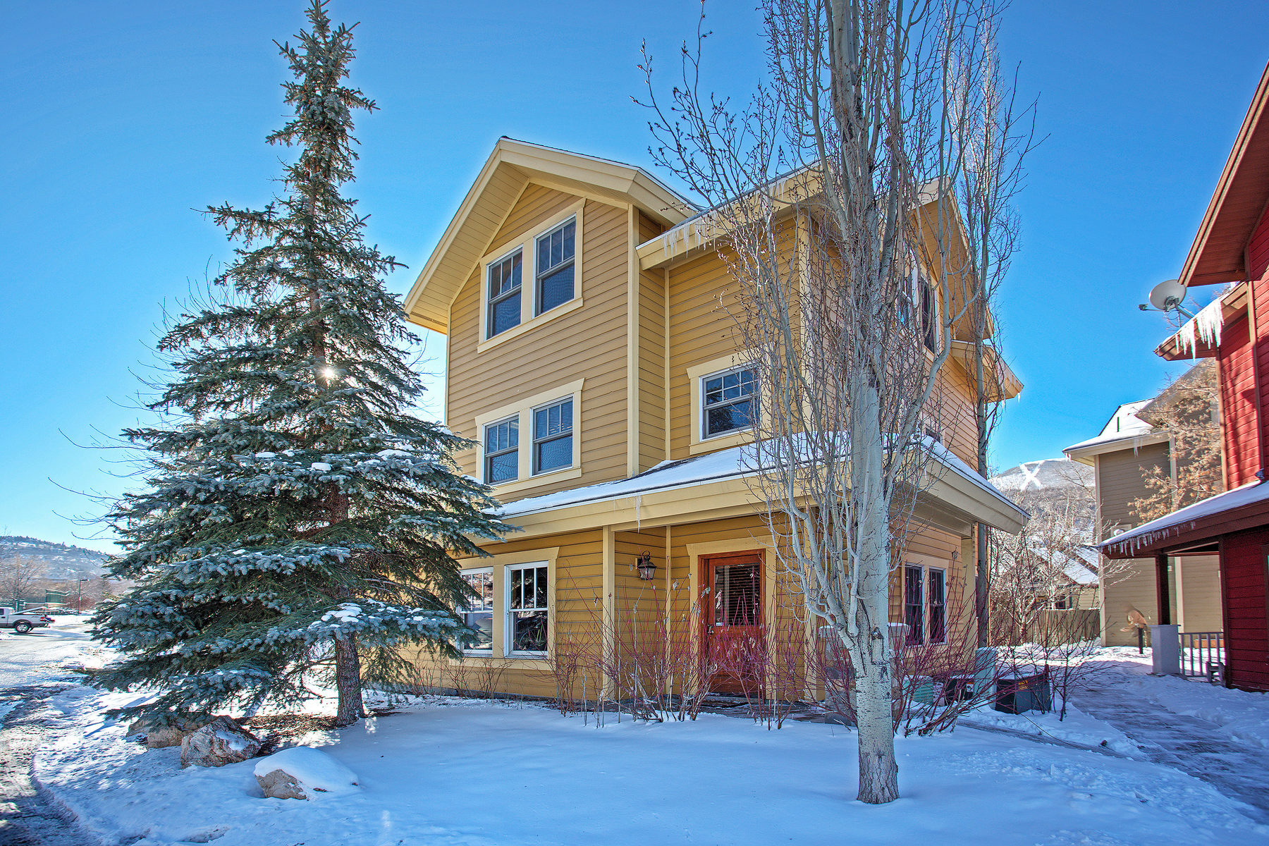 Single Family Home for Sale at Ski Run Views, Walk to Main Street, Resort, City Park 1311 Sullivan Rd Park City, Utah 84060 United States