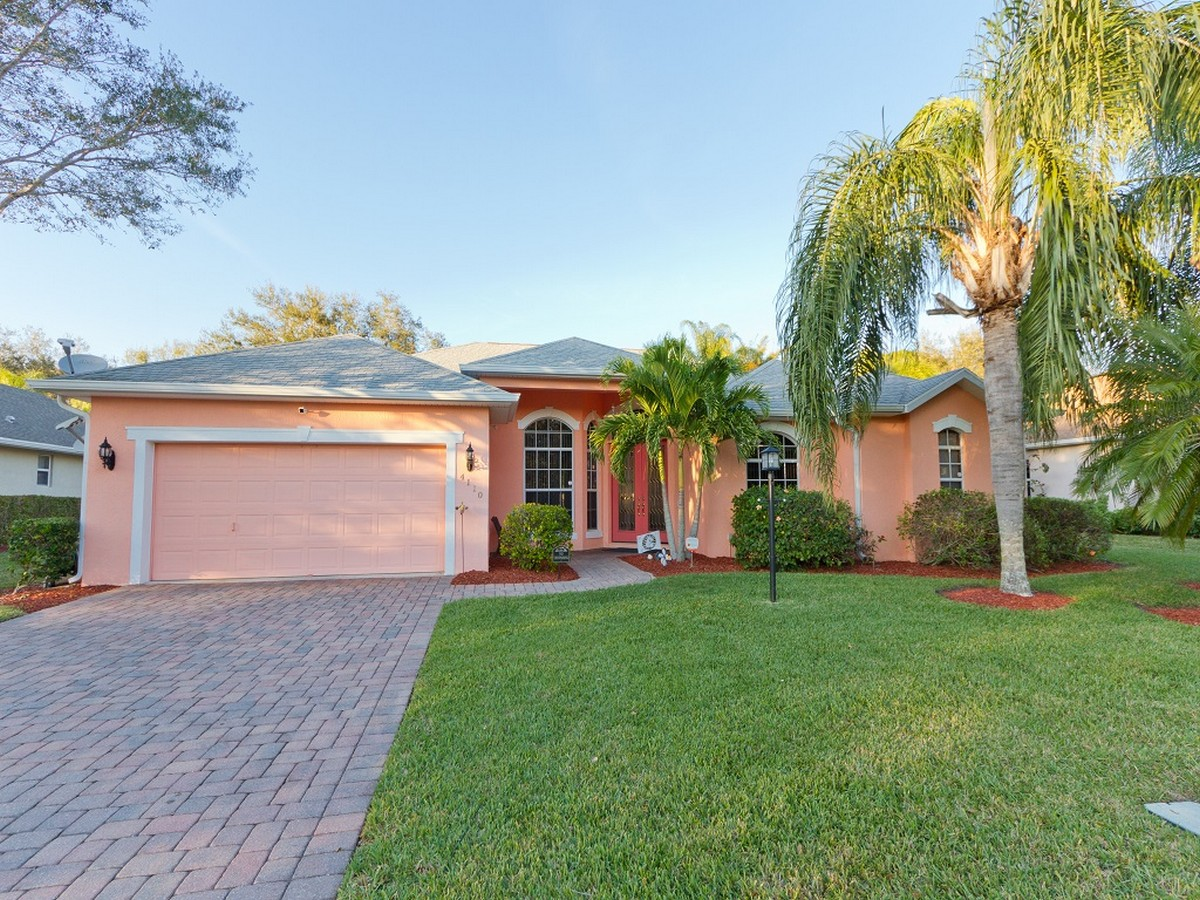 Single Family Home for Sale at Amazing Pool Home that Backs to Preserve 4110 Chardonnay Place Vero Beach, Florida, 32968 United States