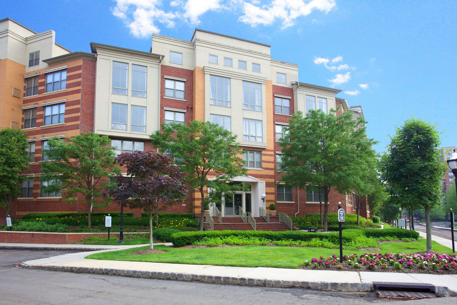 Condominium for Sale at Beautiful condo with courtyard views 26 Avenue at Port Imperial#333 Hudson Club West New York, New Jersey 07093 United States